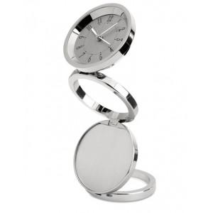 Horloge de bureau pliable et télescopique en métal brillant. Cet article inclut une plaque métallique pour votre gravure laser. 1 pile bouton incluse. réf. LCA 0639 argenté brillant
