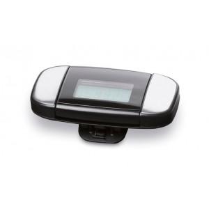 Podomètre en ABS avec clip de ceinture. Comprend 2 capteurs digitaux pour mesurer la fréquence cardiaque. Affiche également distance, nombre pas, heure et calories consommées. 2 piles bouton incluses. réf. LCA 061276 argenté mat