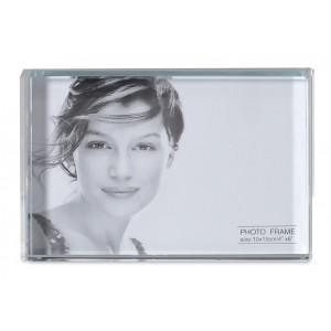 Cadre photo en acrylique. Dimensions de la photo : 10 x 15 cm. réf. LCA 061683 transparent
