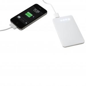 Batterie de secours lithium-polymère ultra fine, touche sensitive, capacité 5000mA, puissance maximale 1A, une sortie USB pour chargement de votre appareil mobile via un mini câble et adaptateur, recharge du power bank via une entrée USB depuis votre ordi